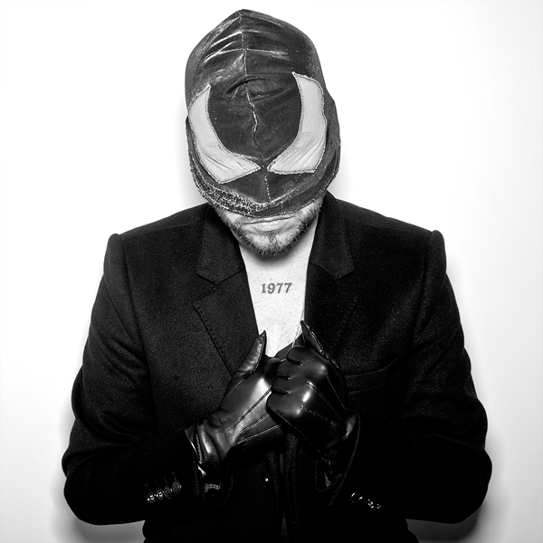 http://www.tombronowski.com/files/gimgs/23_bloodybeetroots4.jpg