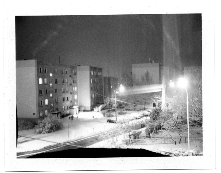 http://www.tombronowski.com/files/gimgs/7_polaroid2.jpg